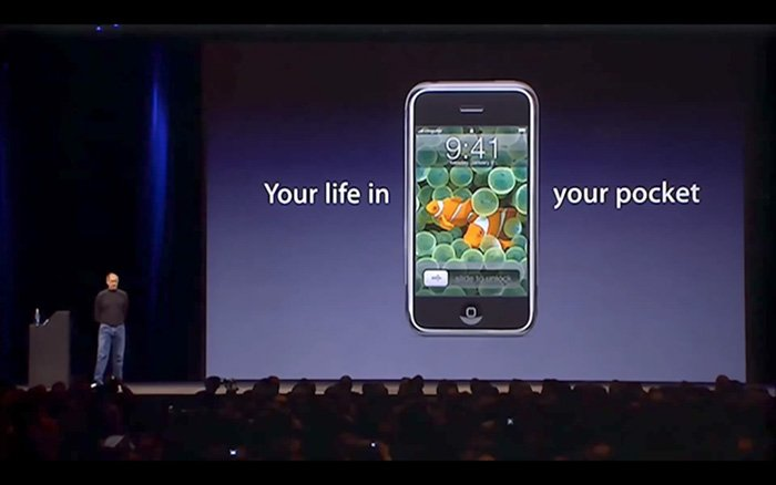 iPhone - Your life in your pocket